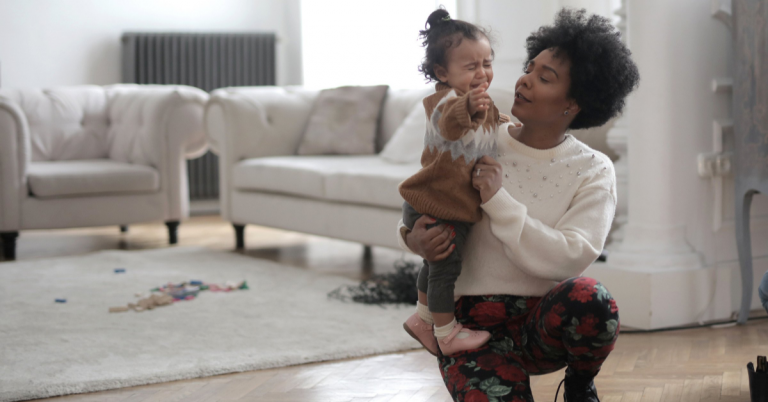 Read more about the article How to Deal with Unwanted Parenting Advice